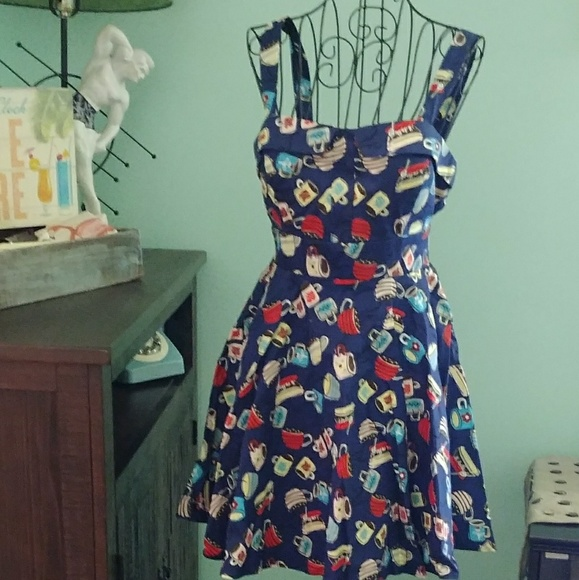 b0c868cb172e Retro Hot Coffee Fit-n-Flare NWT Medium Dress